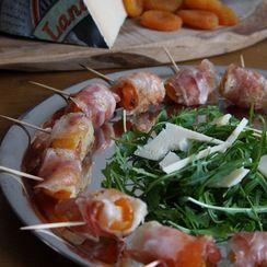 Gefüllte Aprikosen mit Pancetta