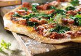 Pizza verde mit milde Ziegenkäse