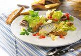 Holländischer Sardinensalat mit Croûtons